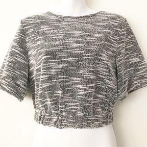 GB black/white knit crop top
